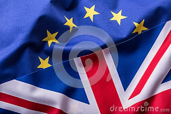 flags-united-kingdom-european-union-uk-flag-eu-flag-british-union-jack-flag-660932071