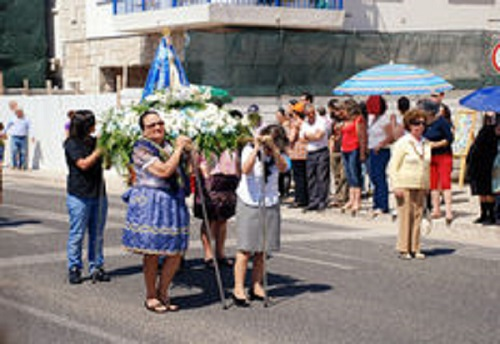 statue-our-lady-fatima-nazare-portugal-may-carried-mass-catholic-ceremony-may-nazare-portugal-34899673[1]