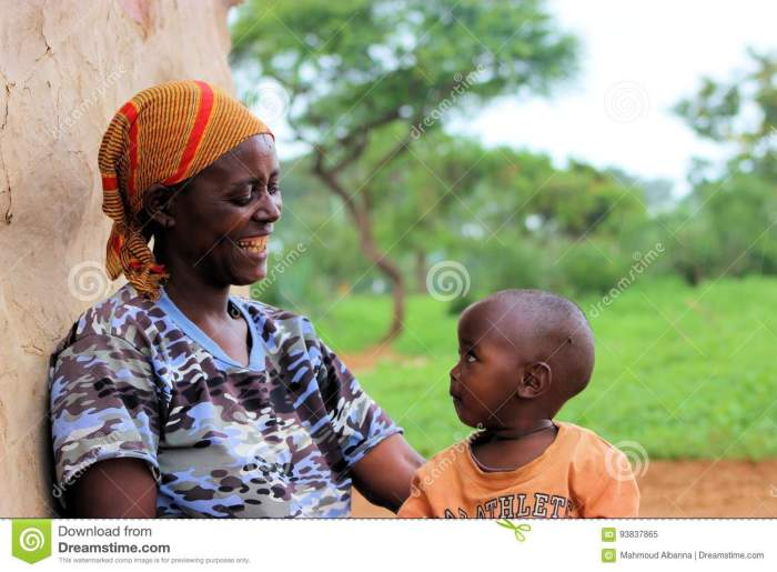 masai-mother-her-boy-picture-was-taken-tanzania-arusha-small-house-hold-may-93837865[1]