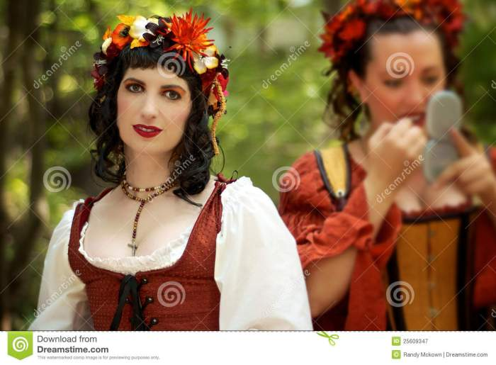 brothel-wenches-kansas-city-renaissance-festiva-25609347[1]