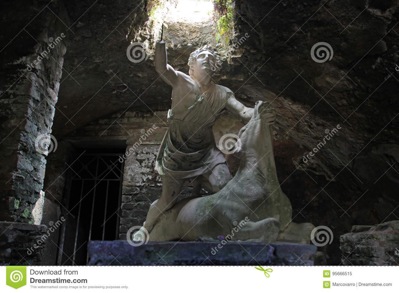 mithra-god-statue-ostia-antca-italy-july-underground-temple-osta-antica-ancient-roman-town-95666515[1]