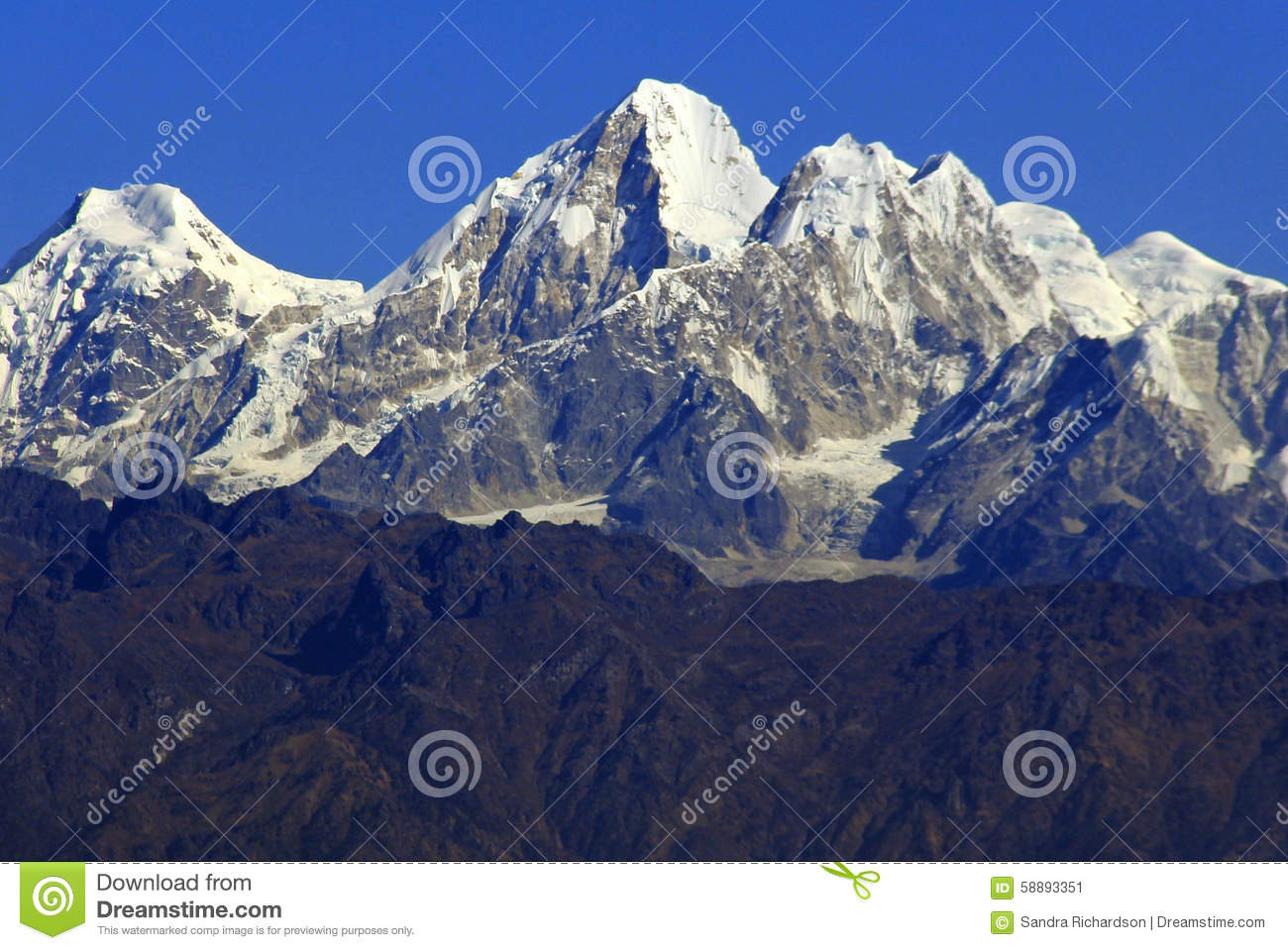himalayas-snow-capped-mountain-peaks-against-perfect-blue-sky-58893351[1]