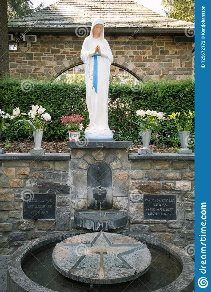 our-lady-banneux-statue-source-inside-sanctuary-belgium-125672172[1]